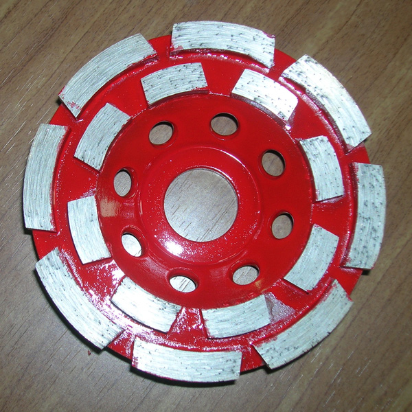 Double row cup wheel